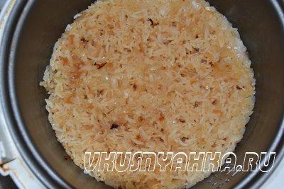 Рис с луком в мультиварке, приготовление, шаг 5