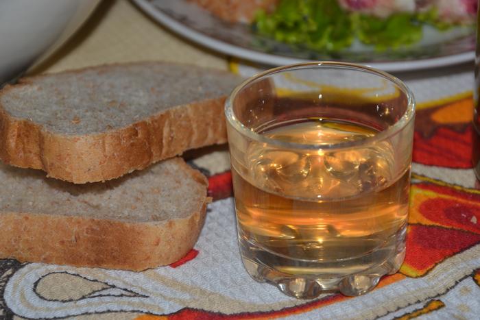 Сливовая настойка на водке (спирте, самогоне)