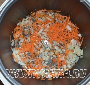 Суп из кильки в томатном соусе  в мультиварке, приготовление, шаг 2