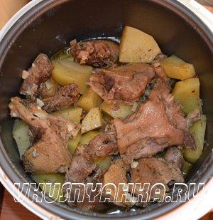 Утка с картофелем  в мультиварке, приготовление, шаг 4