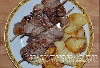 Мясо на шпажках с картофелем в мультиварке, приготовление, шаг 5
