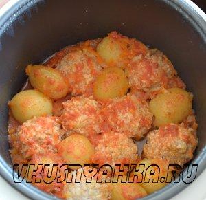 Куриные тефтели с картофелем в мультиварке, приготовление, шаг 4