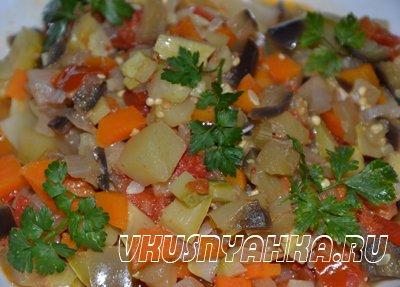 Овощное рагу  в мультиварке, приготовление, шаг 4