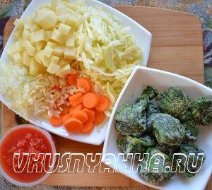 Овощной суп с капустой и шпинатом в мультиварке, приготовление, шаг 1