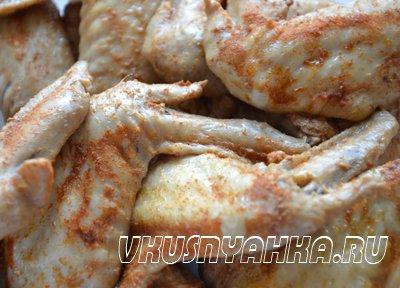 Копченные куриные крылышки в мультиварке, приготовление, шаг 5