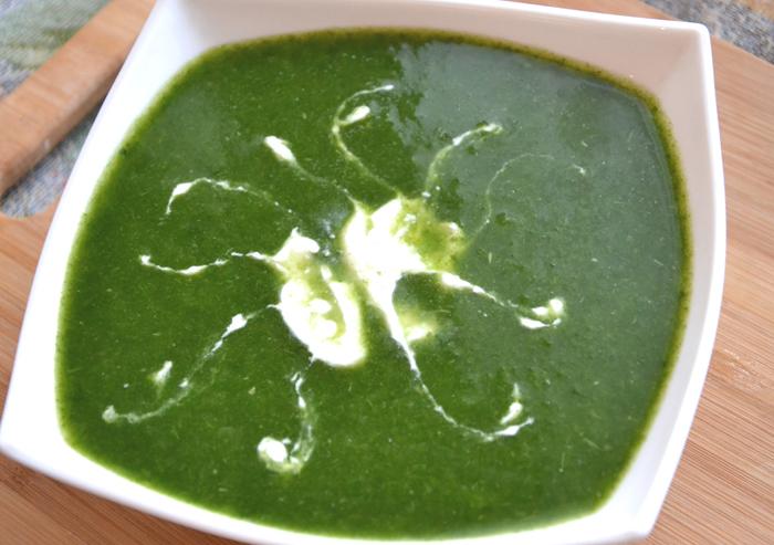 Суп- пюре из шпината с сельдереем и капустой в мультиварке