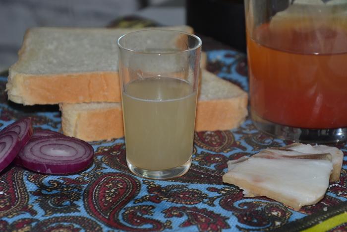 Настойка из мяты и лимона на водке, самогоне