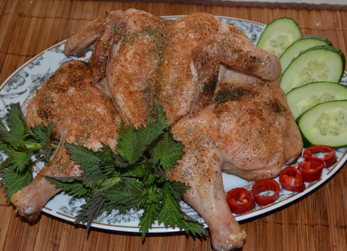 Запеченная курица в духовке (без масла).