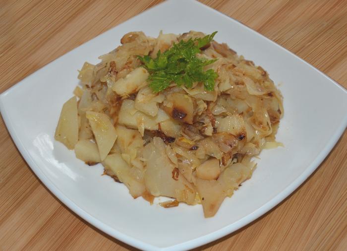 Жареный картофель с капустой в мультиварке