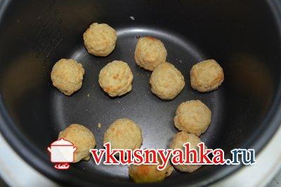 КругГетсы с сырным соусом в мультиварке, приготовление, шаг 1