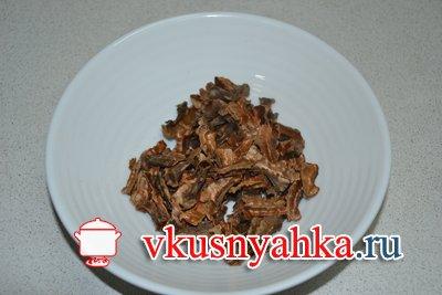 Настойка на перегородках грецких орехов, на водке, спирте, самогоне, приготовление, шаг 1
