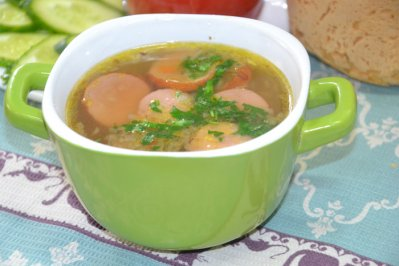 Суп с сардельками в мультиварке