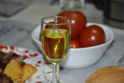 Домашняя лимонная настойка на спирте, водке, самогоне